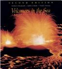 Download Volcanoes in the sea